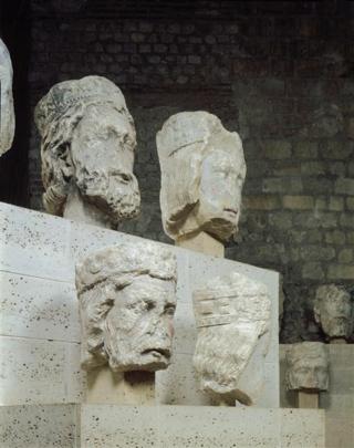 Têtes des rois de Juda provenant de Notre-Dame de Paris(C) RMN-Grand Palais (musée de Cluny - musée national du Moyen-Âge)  Gérard Blot
